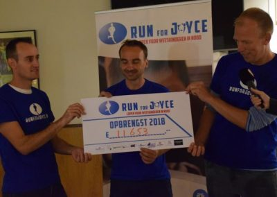 Foto opbrengst Run for Joyce 2018